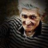Retrato artístico de la vendimia del viejo hombre mayor imágenes de archivo libres de regalías