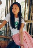 Retrato asiático, muchacha del estudiante en uniforme escolar Fotografía de archivo