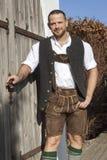 Retrato bávaro do homem da tradição imagens de stock