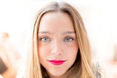 Retrato bastante rubio del adolescente Foto de archivo libre de regalías