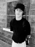Retrato blanco y negro del jugador de béisbol adolescente Fotos de archivo libres de regalías