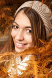 Retrato bonito da menina no outono fotografia de stock royalty free