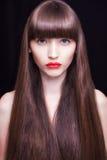 Retrato bonito da mulher Bordos vermelhos suculentos Fotos de Stock