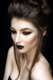 Retrato bonito da mulher no estilo asiático Fotos de Stock Royalty Free