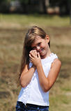 Retrato bonito de la muchacha al aire libre Imagen de archivo libre de regalías
