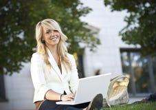 Retrato bonito do estudante fêmea Imagens de Stock Royalty Free