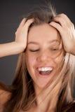 Retrato brillante del primer de la cara feliz de la muchacha Fotos de archivo libres de regalías