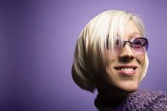 Retrato caucasiano novo da mulher. fotografia de stock royalty free