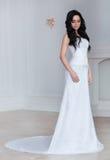 Retrato completo do comprimento de uma noiva Fotos de Stock Royalty Free