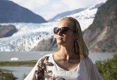 Retrato con el glaciar Foto de archivo