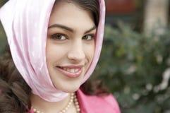 Retrato con la bufanda Foto de archivo libre de regalías