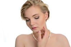 Retrato con las perlas Imágenes de archivo libres de regalías