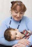 Retrato da avó com um neto. Imagens de Stock Royalty Free