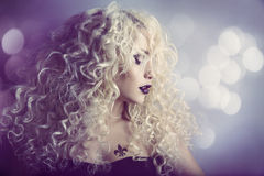 Retrato da beleza da forma da mulher, Girl Hairstyle modelo, cabelo louro Foto de Stock