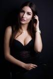 Retrato da beleza da jovem mulher elegante Foto de Stock Royalty Free