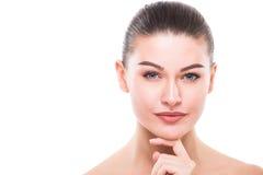 Retrato da cara da mulher da beleza Menina bonita do modelo dos termas com pele limpa fresca perfeita foto de stock royalty free