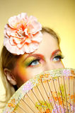 Retrato da composição creativa do olho da forma do verão fotos de stock royalty free