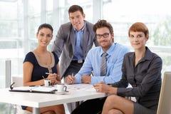 Retrato da equipe do negócio no escritório empresarial foto de stock royalty free