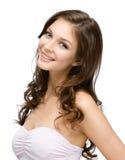 Retrato da fêmea com cachos do cabelo imagens de stock royalty free