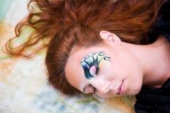 retrato da Face-arte de uma mulher bonita Fotos de Stock