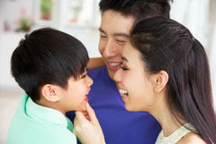 Retrato da família chinesa junto Imagens de Stock Royalty Free
