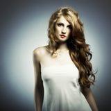 Retrato da forma da mulher nova Imagem de Stock