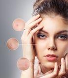Retrato da jovem mulher com círculos da lente de aumento Imagem de Stock Royalty Free