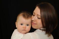 Retrato da matriz e do bebê Fotos de Stock Royalty Free
