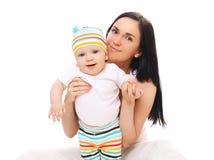 Retrato da matriz e do bebê felizes Fotos de Stock Royalty Free