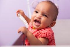 Retrato da menina afro-americano pequena - pessoas negras Imagem de Stock