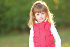 Retrato da menina ao ar livre Fotos de Stock
