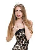 Retrato da menina bonita com diadema, isolado no fundo branco fotografia de stock royalty free
