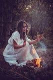 Retrato da menina bonita com olhos mágicos fotos de stock