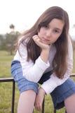 Retrato da menina bonita no parque Imagens de Stock Royalty Free