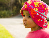 Retrato da menina bonito com olhos grandes Imagens de Stock Royalty Free