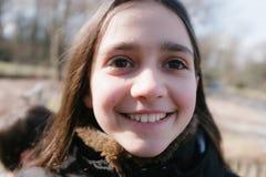 Retrato da menina da criança de 10 anos fora Foto de Stock Royalty Free
