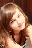 Retrato da menina de sorriso nova fotos de stock