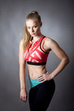 Retrato da menina desportiva nova Fotografia de Stock Royalty Free