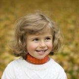 Retrato da menina do outono imagens de stock royalty free