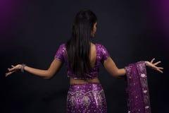 Retrato da menina indiana bonita de sorriso imagens de stock royalty free