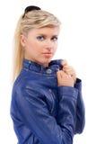 Retrato da menina na obscuridade - azul Foto de Stock