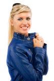 Retrato da menina na obscuridade - roupa azul Imagem de Stock