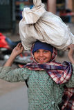Retrato da menina nepalesa pequena Fotografia de Stock Royalty Free