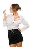 Retrato da menina sonhadora em uma veste preta Imagens de Stock