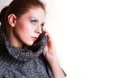 Retrato da mulher bonita atrativa Imagens de Stock
