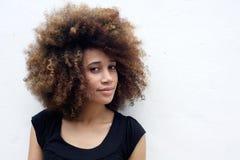 Retrato da mulher bonita do africam imagem de stock