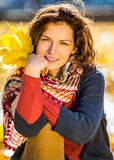 Retrato da mulher bonita nova Imagem de Stock Royalty Free
