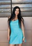 Retrato da mulher bonita nova ao ar livre Imagem de Stock Royalty Free