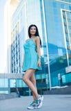Retrato da mulher bonita nova ao ar livre Foto de Stock Royalty Free
