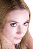 Retrato da mulher bonito e consideravelmente nova imagens de stock royalty free